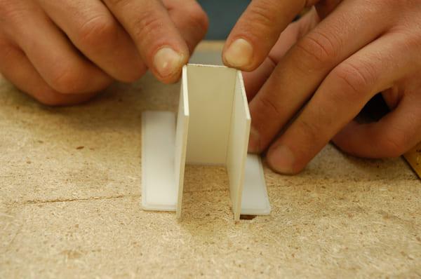склейка букв для вывески